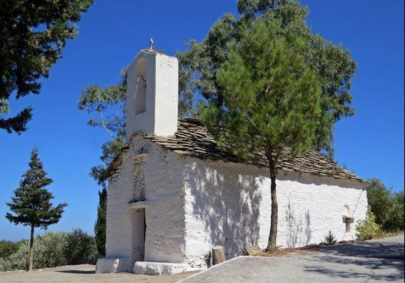 18-09-2019 Ikaria: A small church on a quiet spot on  Ikaria