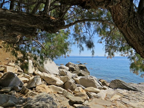 19-09-2019 Ikaria: A verry quiet place with cristal clear water ....a perfect place for a swim .....