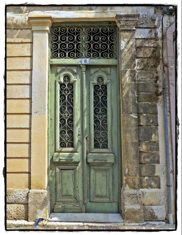 09-09-2021 Rethymno: A door in Rethymno town