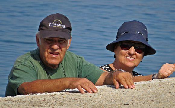20-09-2019 Ikaria: Therma .........Lookin' over the edge ....  ;-)