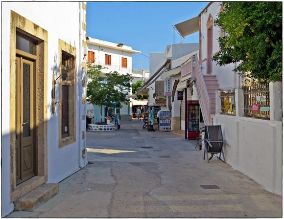 31-08-2020 Patmos: Skala ......Nice and quiet on the street in Skala