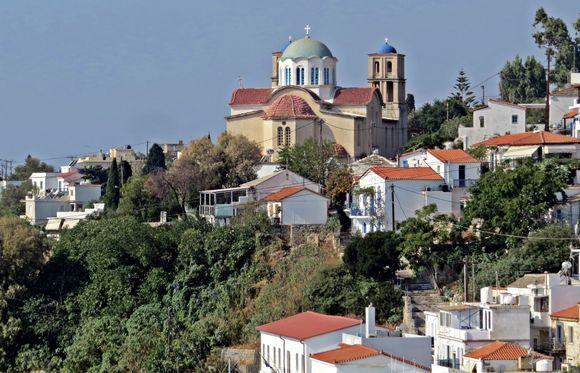 20-09-2019 Ikaria: Agios Kirikos ......... A part of Agios Kirikos with the church