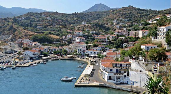 12-09-2019 Ikaria: Evdilos .....Vieuw on Evdilos