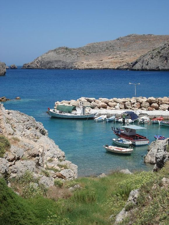 The harbour in Potamos Antikythira