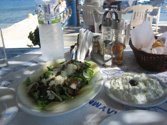 Kalymnos, Telendos islet, taverna OTR, lazy afternoon: kalí orexi