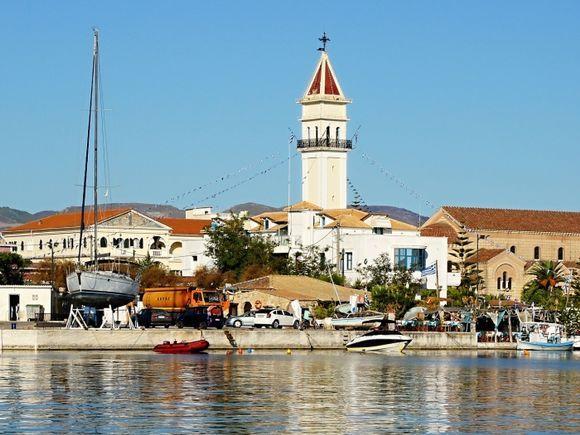 a morning in Zakynthos town 2