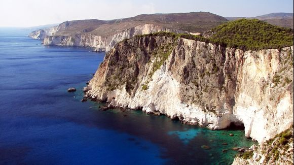 Keri cape 1 - Cliffs of Keri