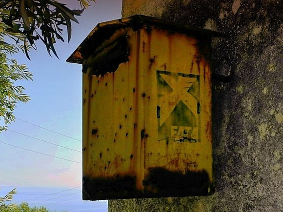 mailbox at the end of the island