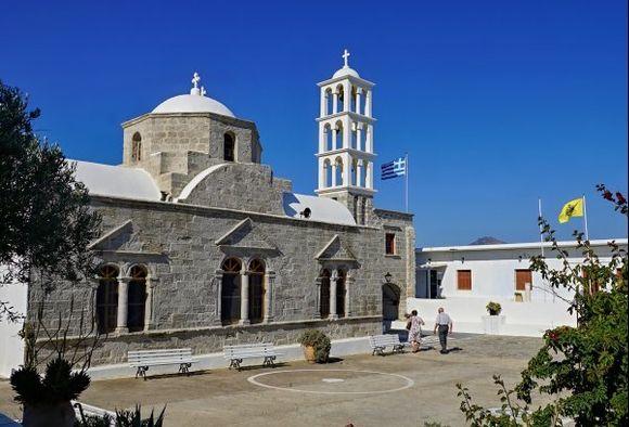 Church of Panagia Portiani - Morning prayer began. I hear a beautiful chorus.
