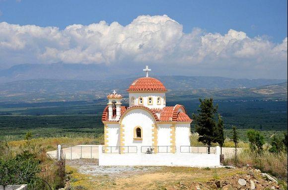 Church near Sternes / Messara