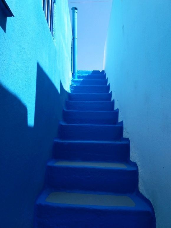 all blue.....