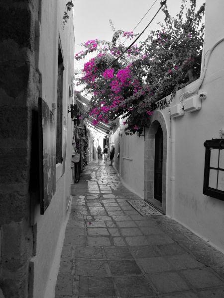 Lindos alley