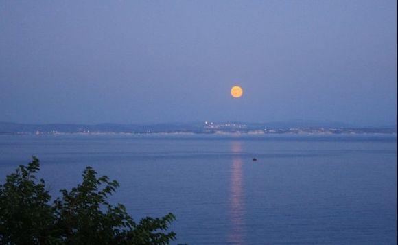 Moon over Turkey