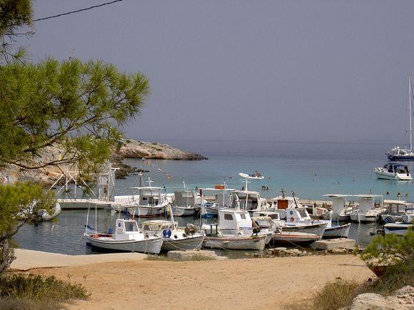 aponissos beach