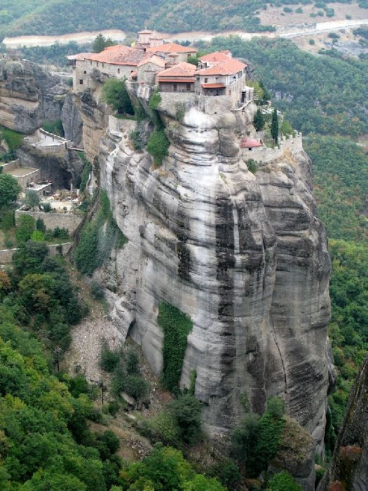 The impressive Varlaam monastery at Meteora
