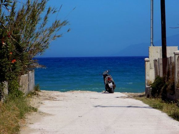 All Acharavi backstreets are leading to the sea