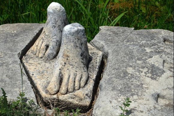 Feet: Fragments of ancient statue