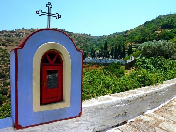 Colorful shrine on the road to the cemetery, Ioulis