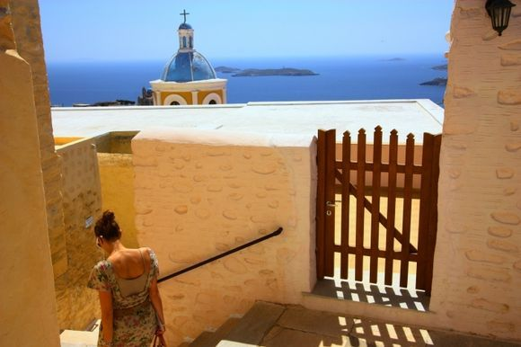 Ano Syros stepped alley with passerby