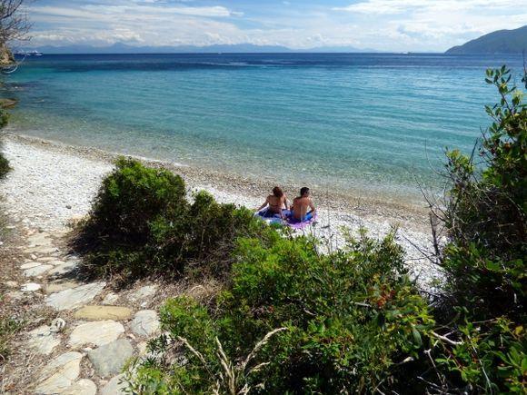 Couple on Megalos Mourtias beach