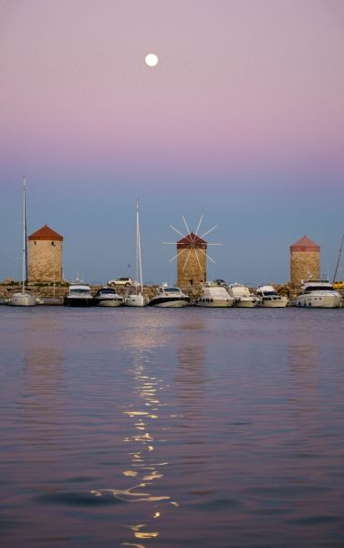 19:30 Beautiful pink Sunset in Rhodes