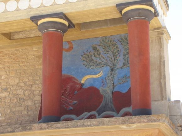 picture in knossos palace