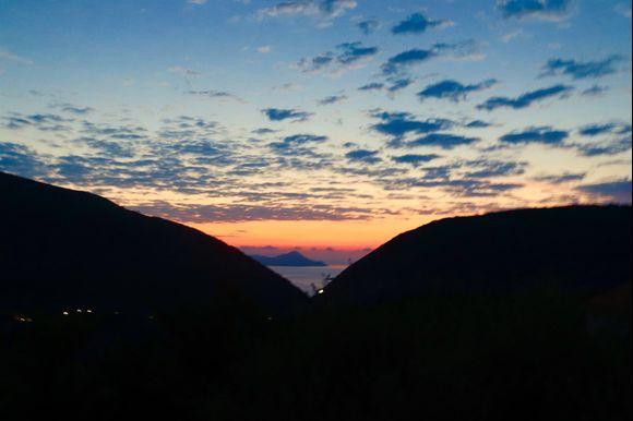 Sun Rise over Frikes