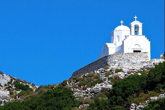 white church, Filoti