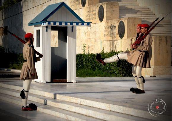 Syntagma the evzones