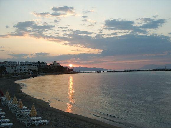 sunset becah Skala