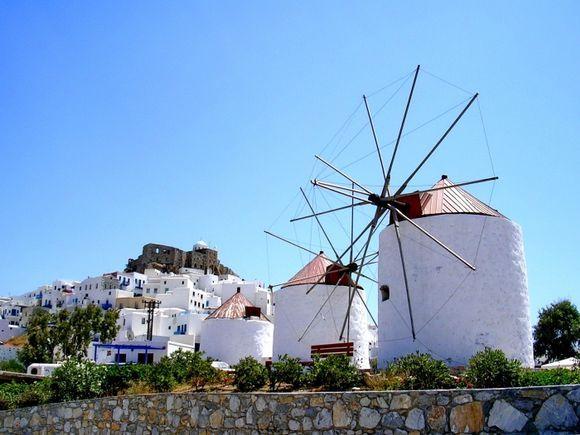 Windmills and Kastro