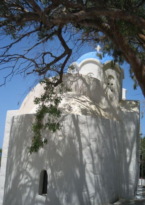 chapel near xilokeratidi-katapola
