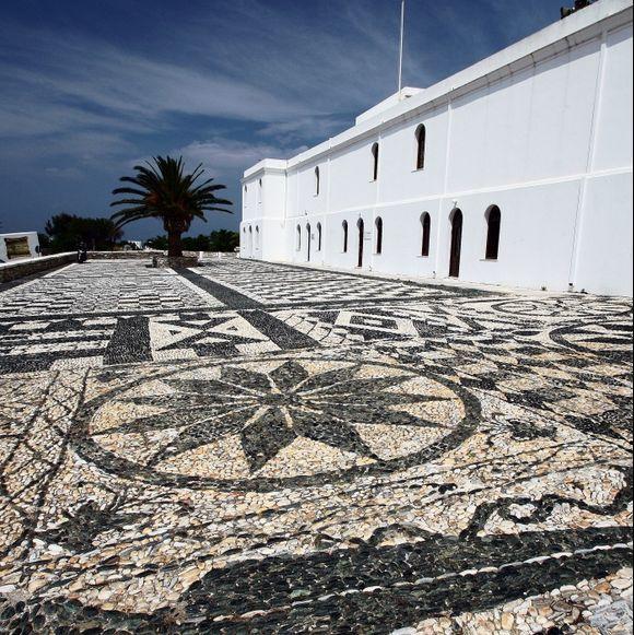 flint-mosaic - panagia evangelistra