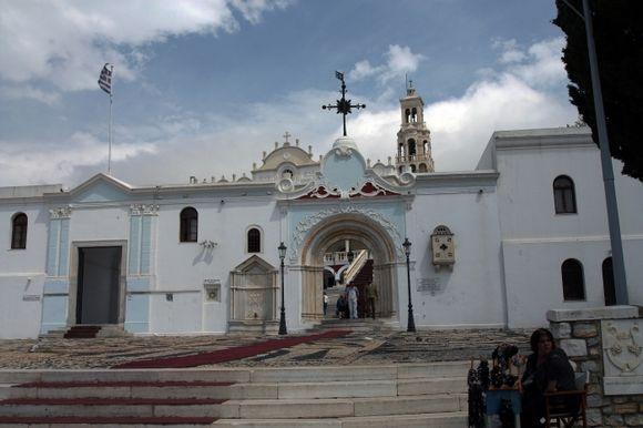entrance to panagia evangelistra