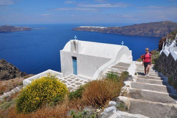 The chapel between Imerovigli and Skaros Rock