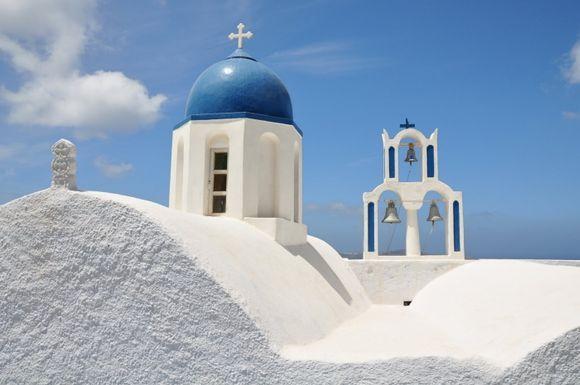 The chapel at the end of Skaros Rock