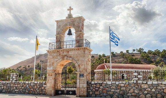 Entrance Lardos New Church