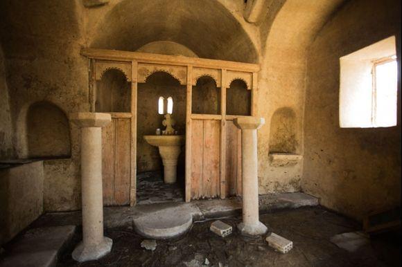 Inside the sunken church at Apolakia reservoir