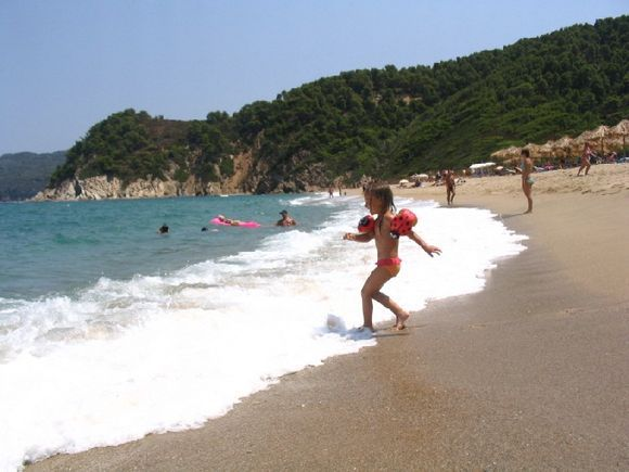 Big Aselinos beach