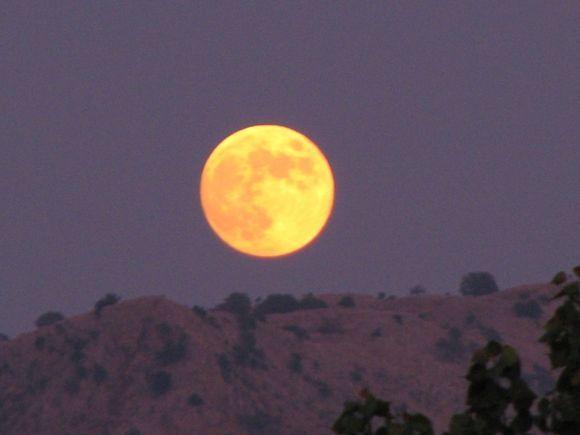 Moonrise at Roda.