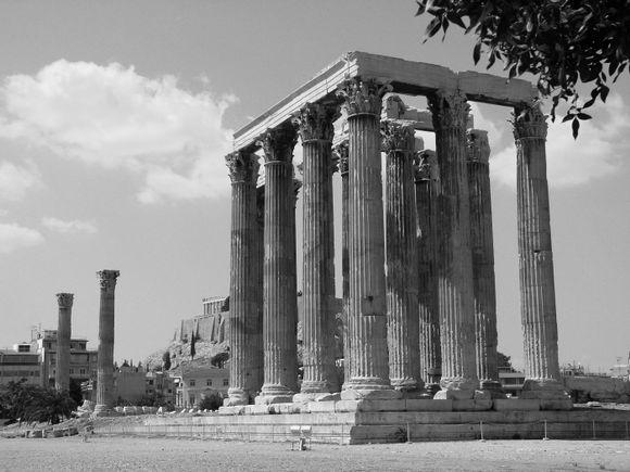 Temple of the Olympian Zeus .