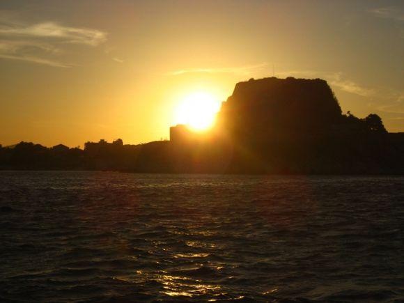 Sunburst Finish. Sunset at the Old Fortress