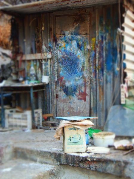 Mixing Paint - Gialos