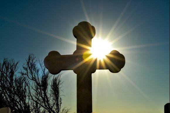Cross at entrance of Agios Ioannis Chrisostomos