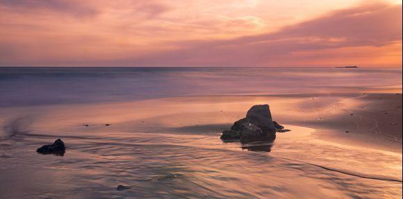 Silence is golden on Lakis beach.....