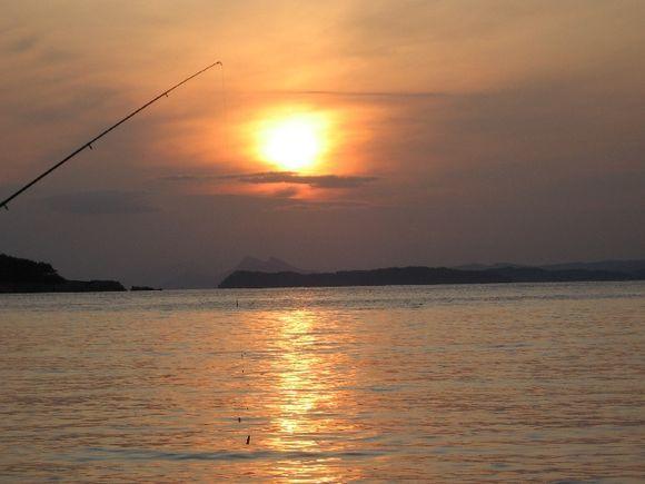 Kastani-fishing at sunset