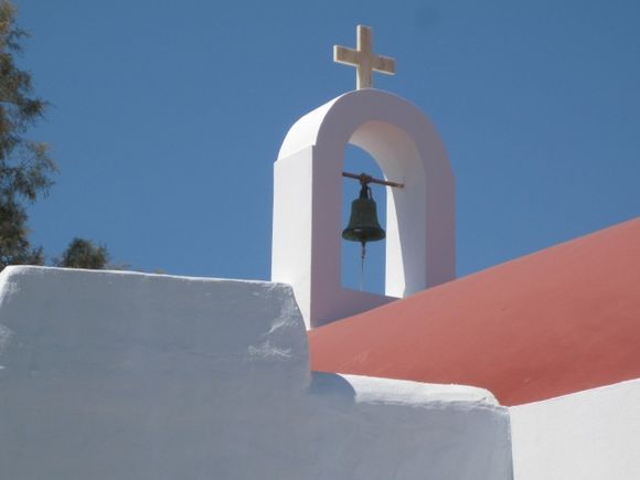 A traditional Greek chapel north of Panormos.