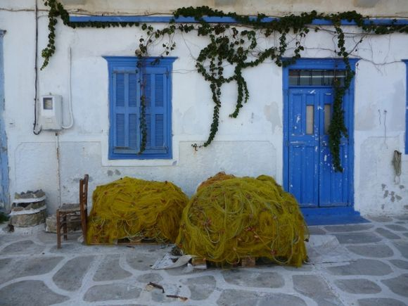 Fishing nets drying in the port of Katapola!