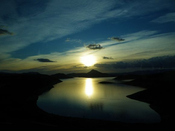 On the way to Meteora from Athens - Marathon\'s lake