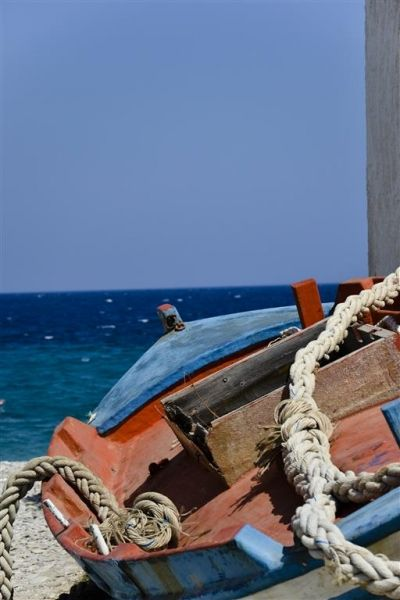 old boat at kokkari beach
